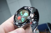 Longshine Halo: Analoge Armbanduhr mit transparentem OLED-Display – Hands-on (Video)