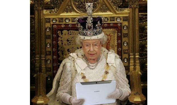 Die Queen und das Samsung Galaxy Note 10.1 – Ein Tablet im Dienste ihrer Majestät
