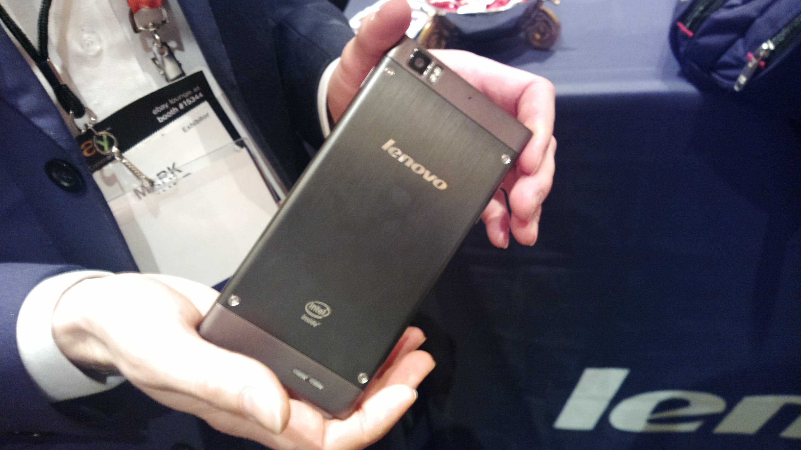 Intel: neue Dual Core Smartphones beim Mobile World Congress