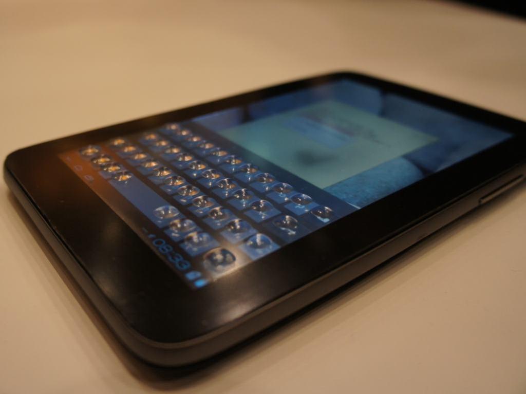 CES 2013: Tactus verleiht Touchscreens ein haptisches Keyboard