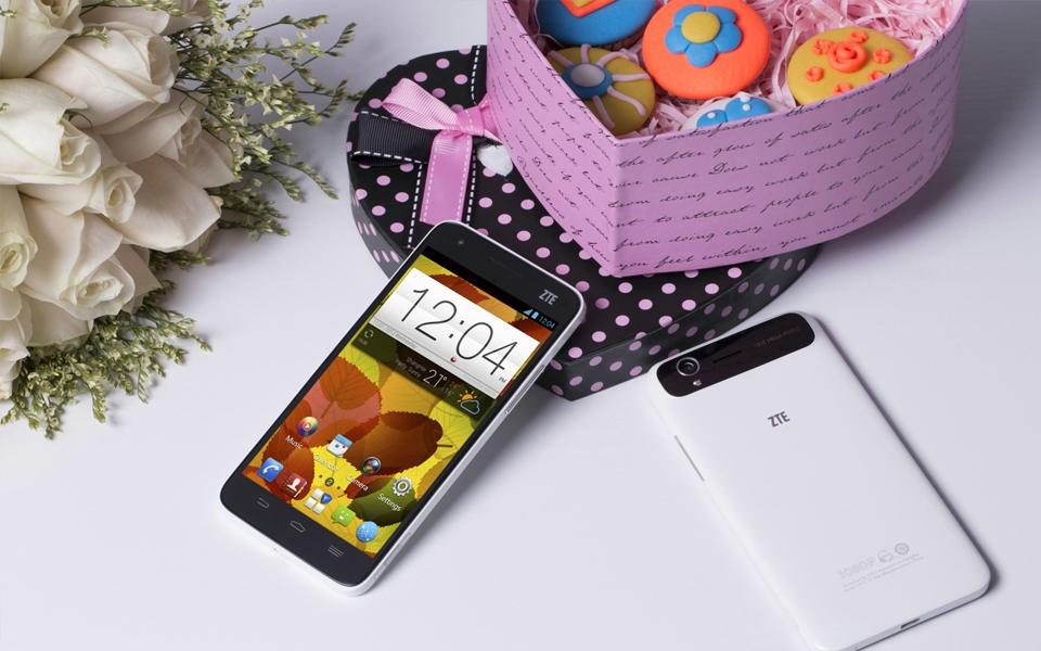 ZTE verkauft als erster China-Hersteller 500 Mio. Telefone – Handy-Sparte feiert 15. Geburtstag