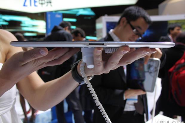 zte v98 2 MWC: ZTE V98 10.1inch Tablet mit Windows 8 & Atom Dual Core erstmals zu sehen