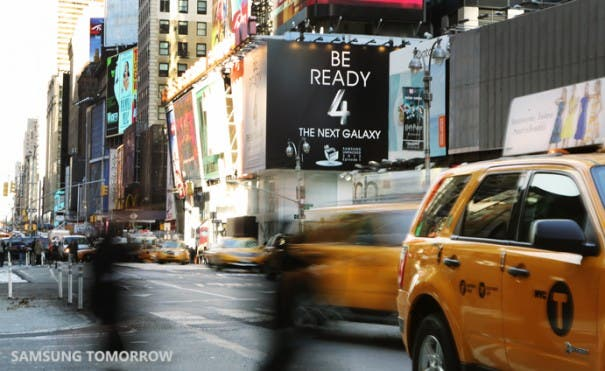 Be ready 4 the next galaxy Times Square 03 605x371 Samsung Galaxy S4: Der Times Square wird geschmückt