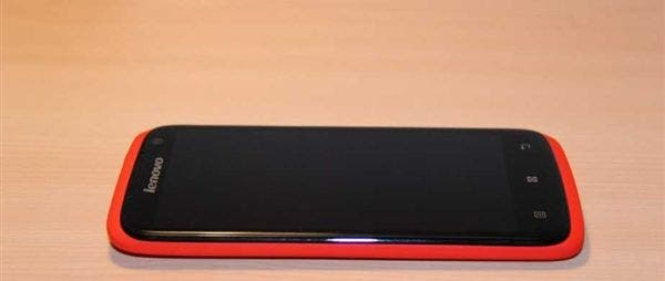 Lenovo S920: Mittelklasse Phablet mit 5.3-inch Display und Android 4.2 taucht auf