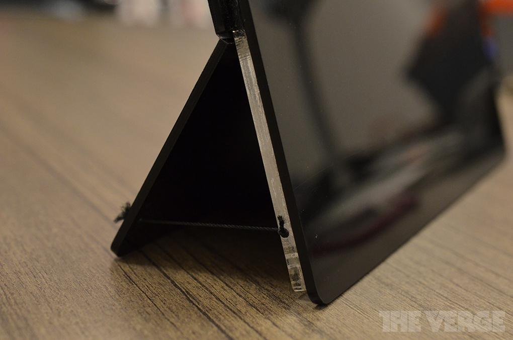 Microsoft zeigt frühe Prototypen von Surface-Tablets – Aus Plastik & Klebeband