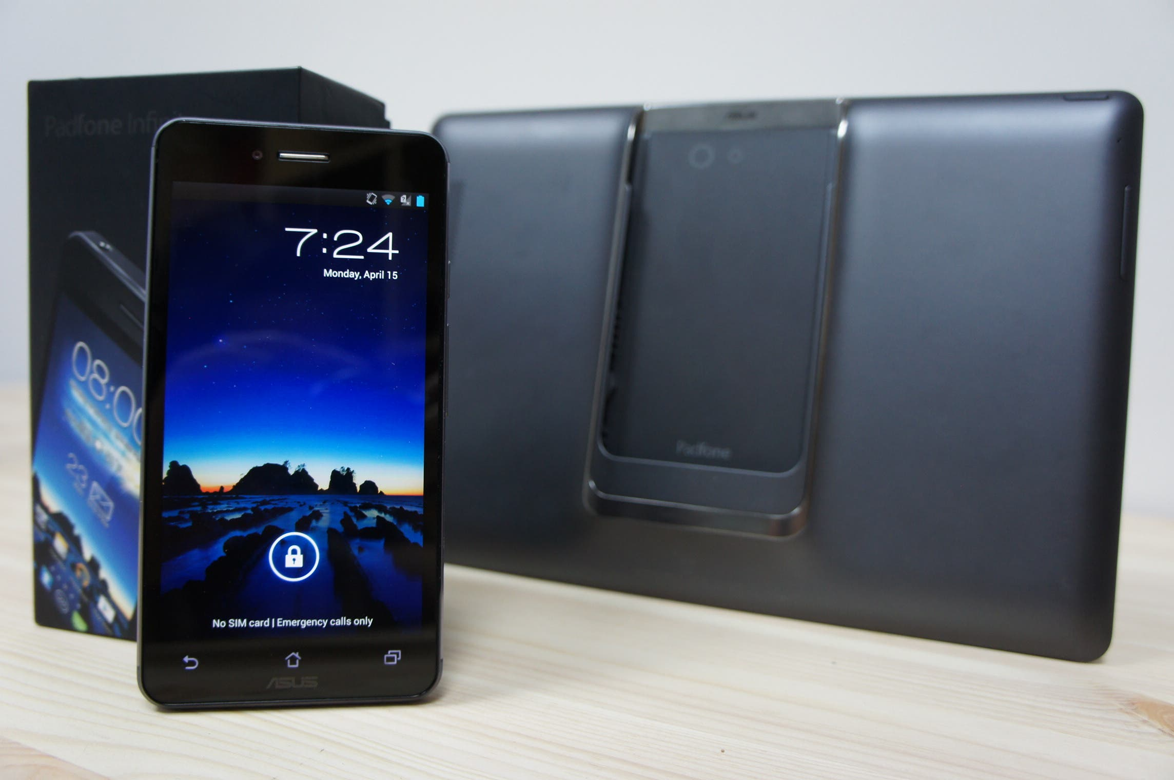Video: ASUS Padfone Infinity mit Full-HD-Display, Snapdragon 600 Quad-Core & Tablet-Dock im Unboxing
