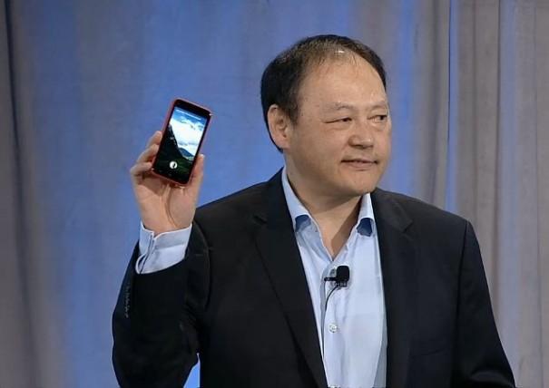 HTC First  00