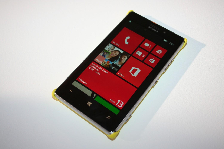 Nokia Lumia 925 im deutschen Hands-on und Vergleich mit Lumia 920 [Fotos und Video]