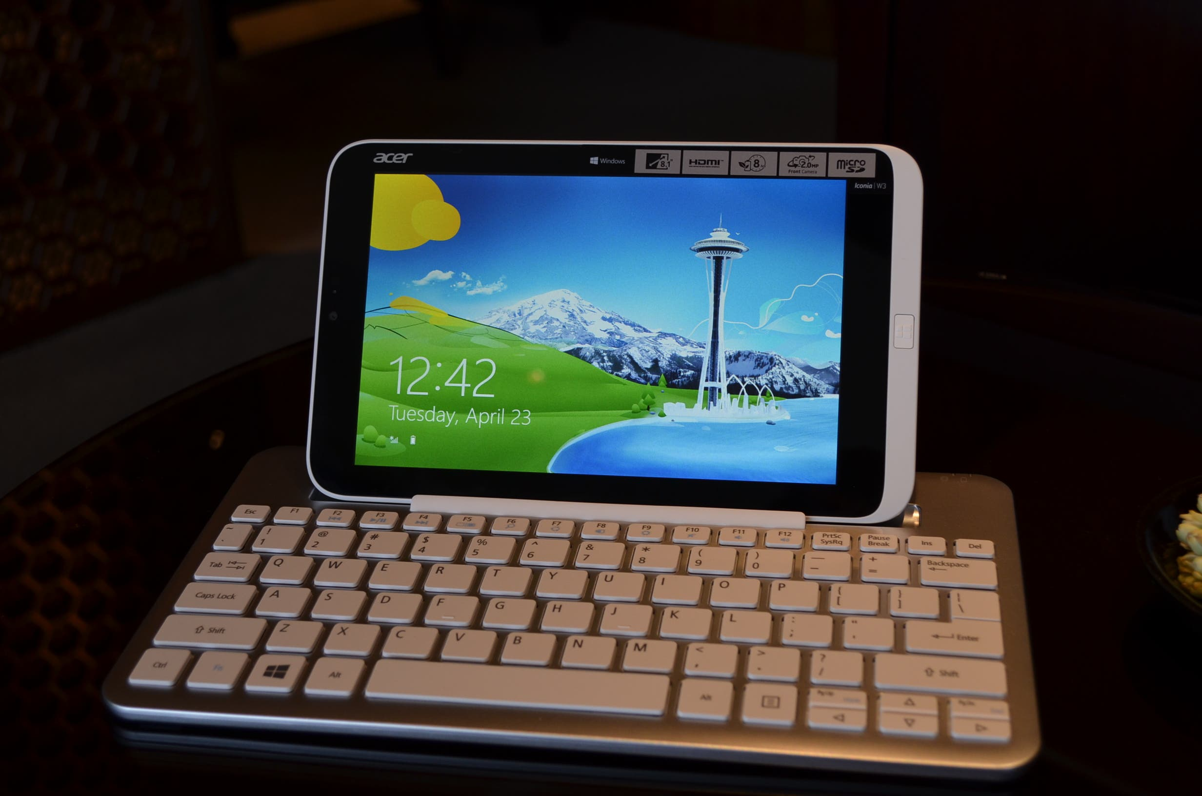 Acer Iconia W3 Windows 8 Tablet kann in Deutschland vorbestellt werden
