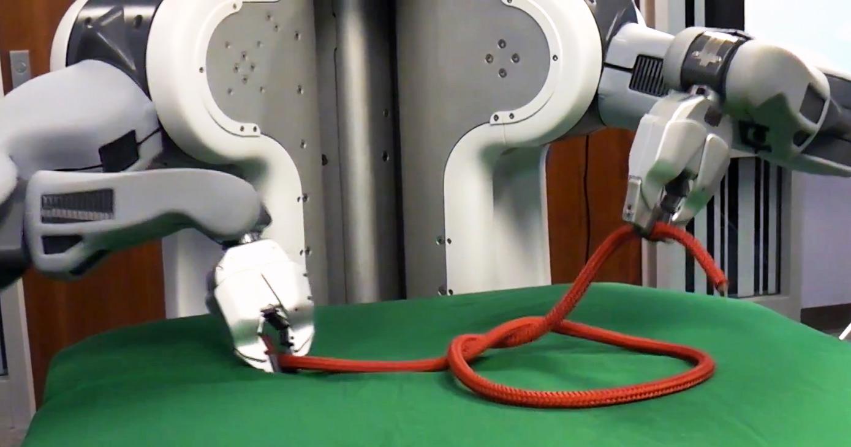ucberkeleypr2demo2 Knotenbinden und Wäschefalten   Wie Intel & die UC Berkeley Roboter zu Helfern machen (Video)