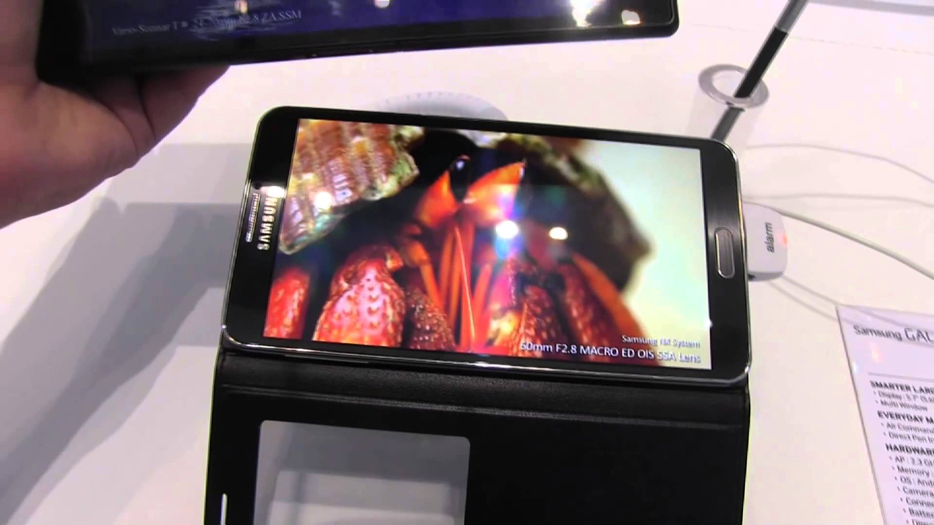 IFA: Samsung Galaxy Note 3 vs. Sony Xperia Z Ultra