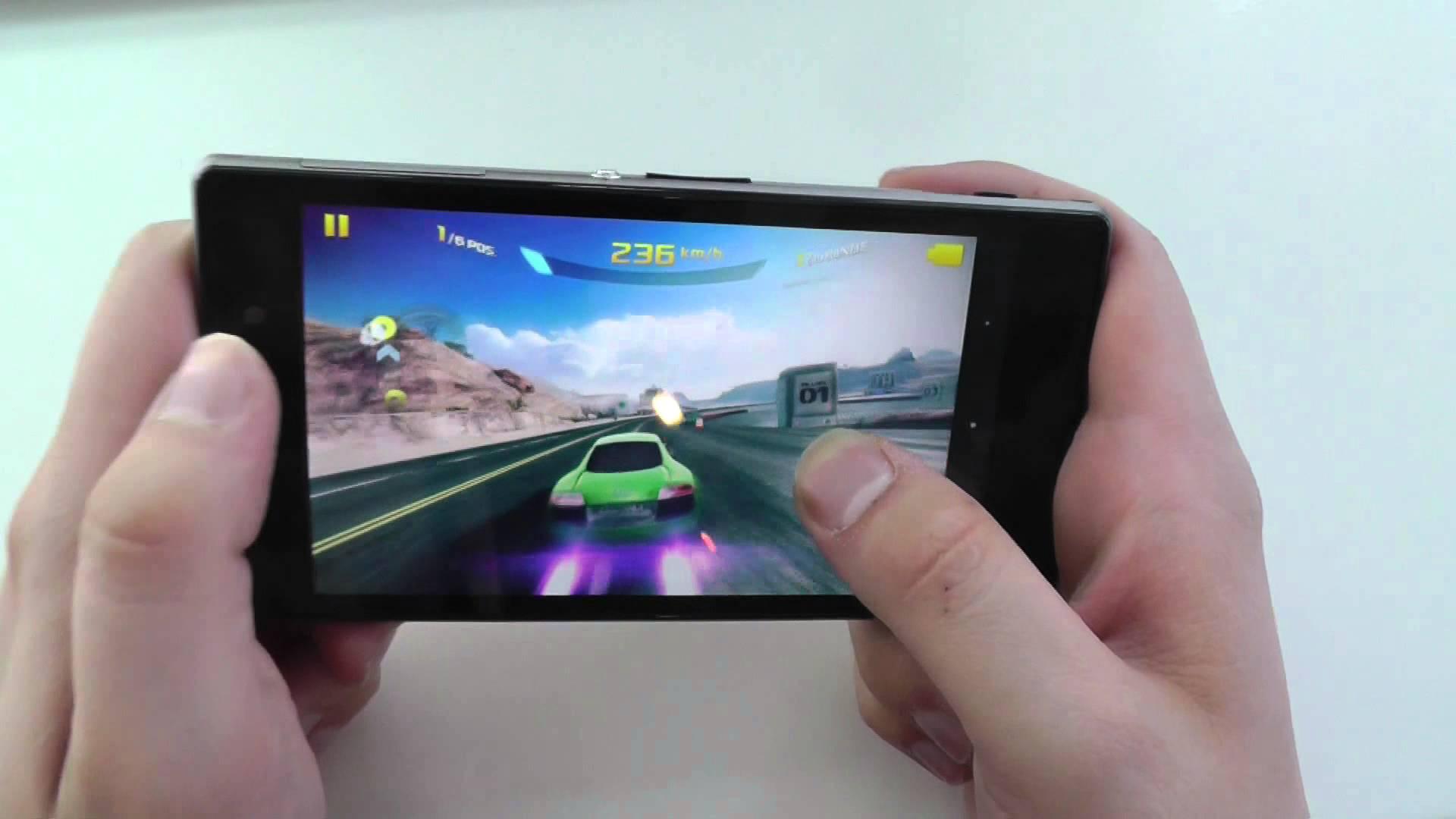 Sony Xperia Z1 ab sofort bei Amazon lieferbar für 649 Euro