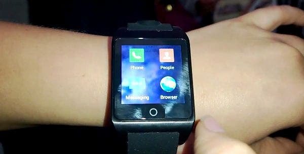 inWatch 3G Smartwatch im Hands On bei der Shenzhen Maker Faire [Video]