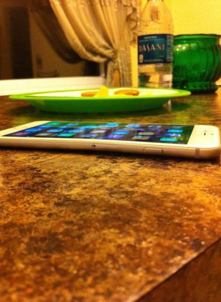 verbogenes-iphone-6-plus-03-440x600