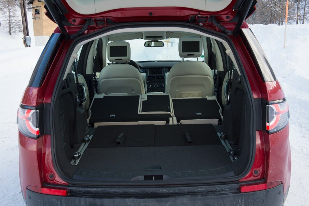 2015-Land-Rover-Discovery-Sport-firenze-rot-Oesterreich-27