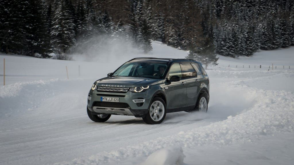 2015-Land-Rover-Discovery-Sport-firenze-rot-Oesterreich-30