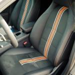 Fahrersitz im 2015 Mercedes-Benz CLA 250 4MATIC Shooting Brake OrangeArt Edition