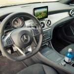 Innenraum mit Lenkrad - 2015 Mercedes-Benz CLA 250 4MATIC Shooting Brake OrangeArt Edition
