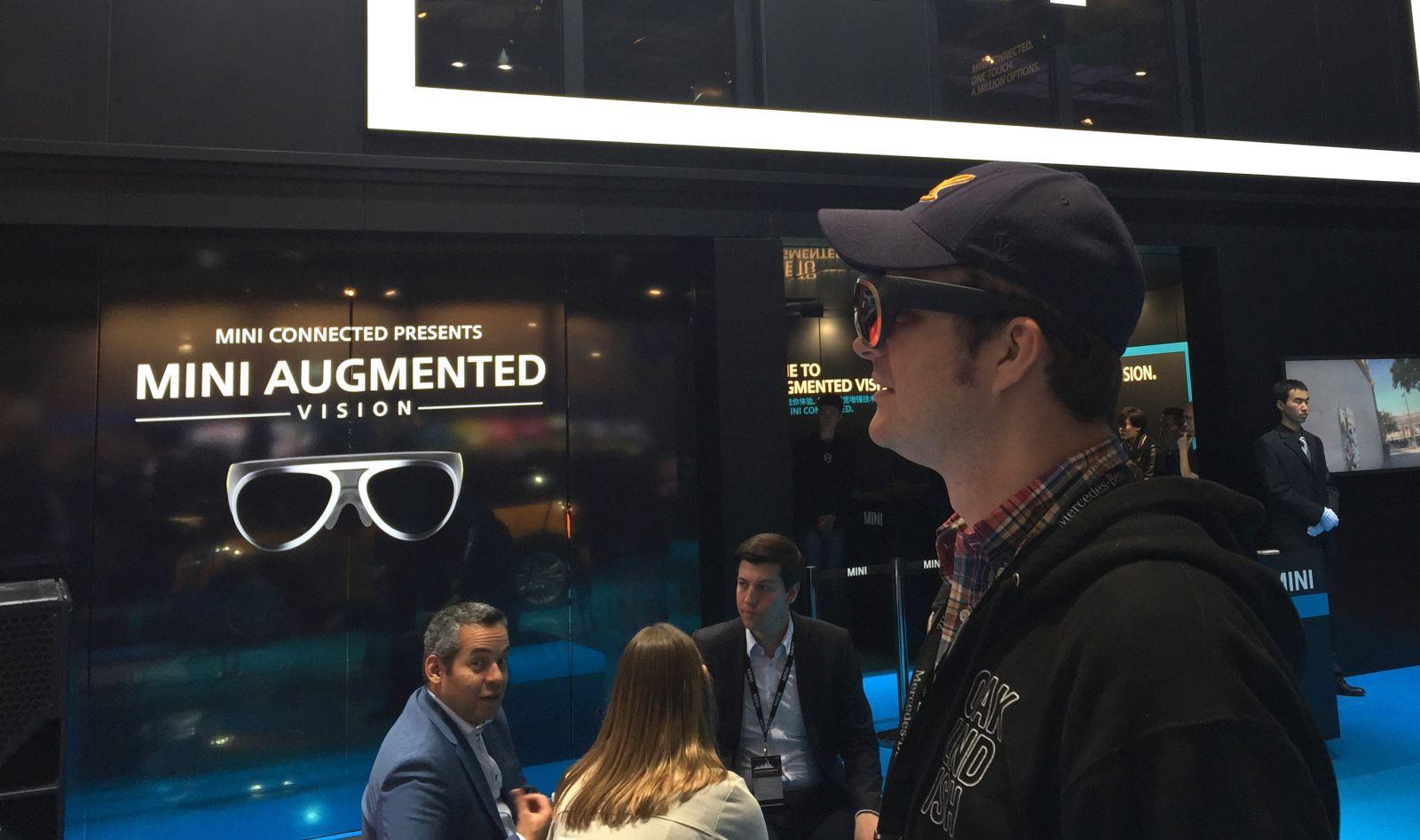MINI Augmented Vision 40