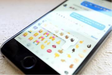 Bild eines iPhones, auf dem man die größere Auswahl an Emojis sieht