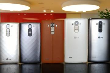 Rückseiten des LG G4c, G4 und G4-Stylus nebeneinander