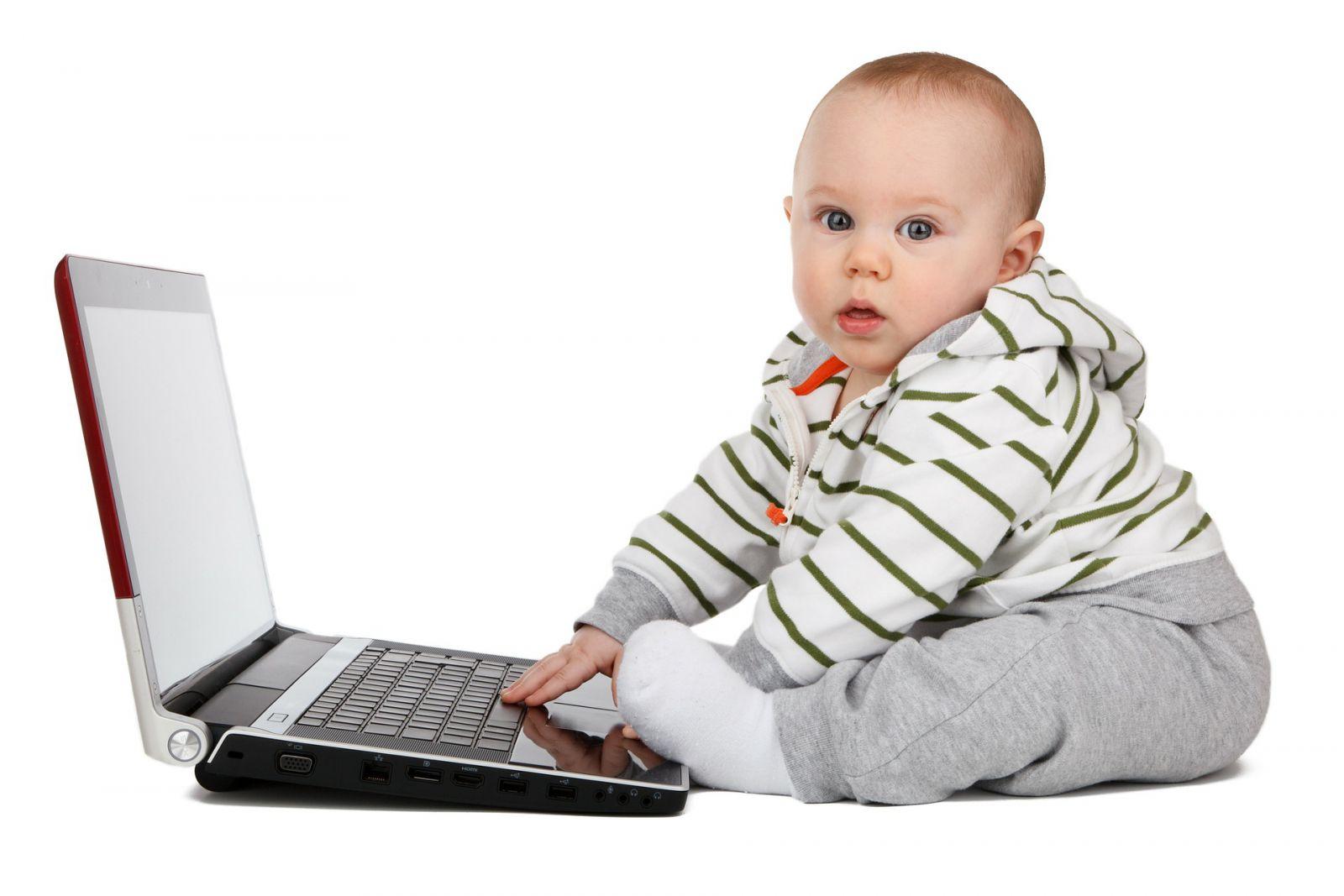 Wenig später geht es los: schon Dreijährige nutzen das Internet