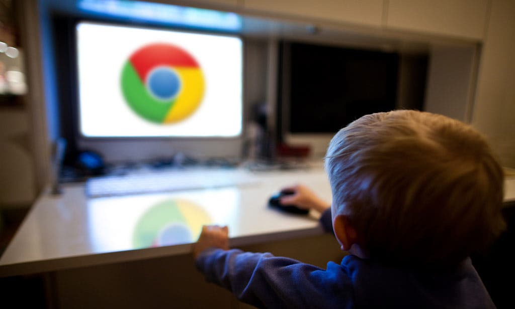 """Studie: die Hälfte aller achtjährigen Kinder ist """"im Internet"""" unterwegs"""