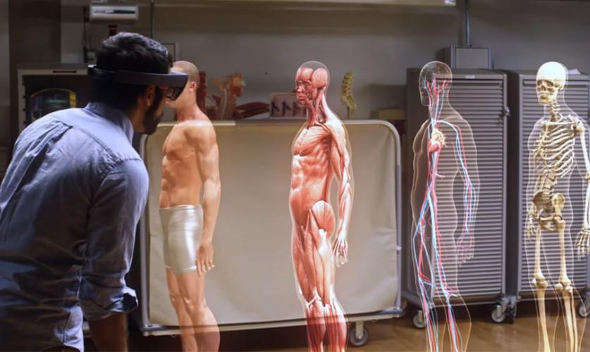 Der menschliche Körper: Anatomie-Studie mit der HoloLens