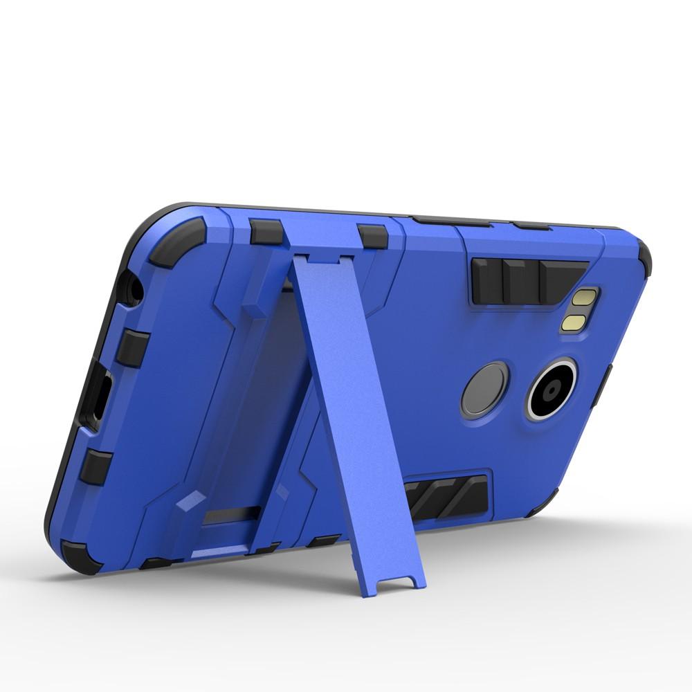 Schutzhülle fürs Nexus 5 (2015) mit ausgeklapptem Ständer