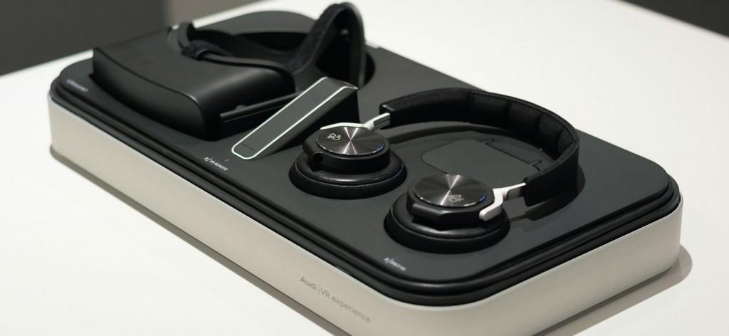 Audi VR Basisstation mit Oculus Rift, Controller und Drahtlos-Headset