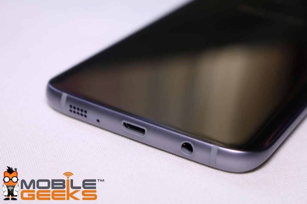 Samsung Galaxy S7 edge unterseite mit usb anschluss und lautsprecher