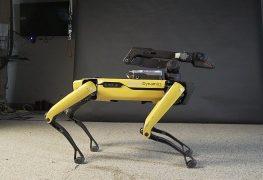 """Boston Dynamics: Roboter """"Spot"""" hilft in der Corona-Krise"""