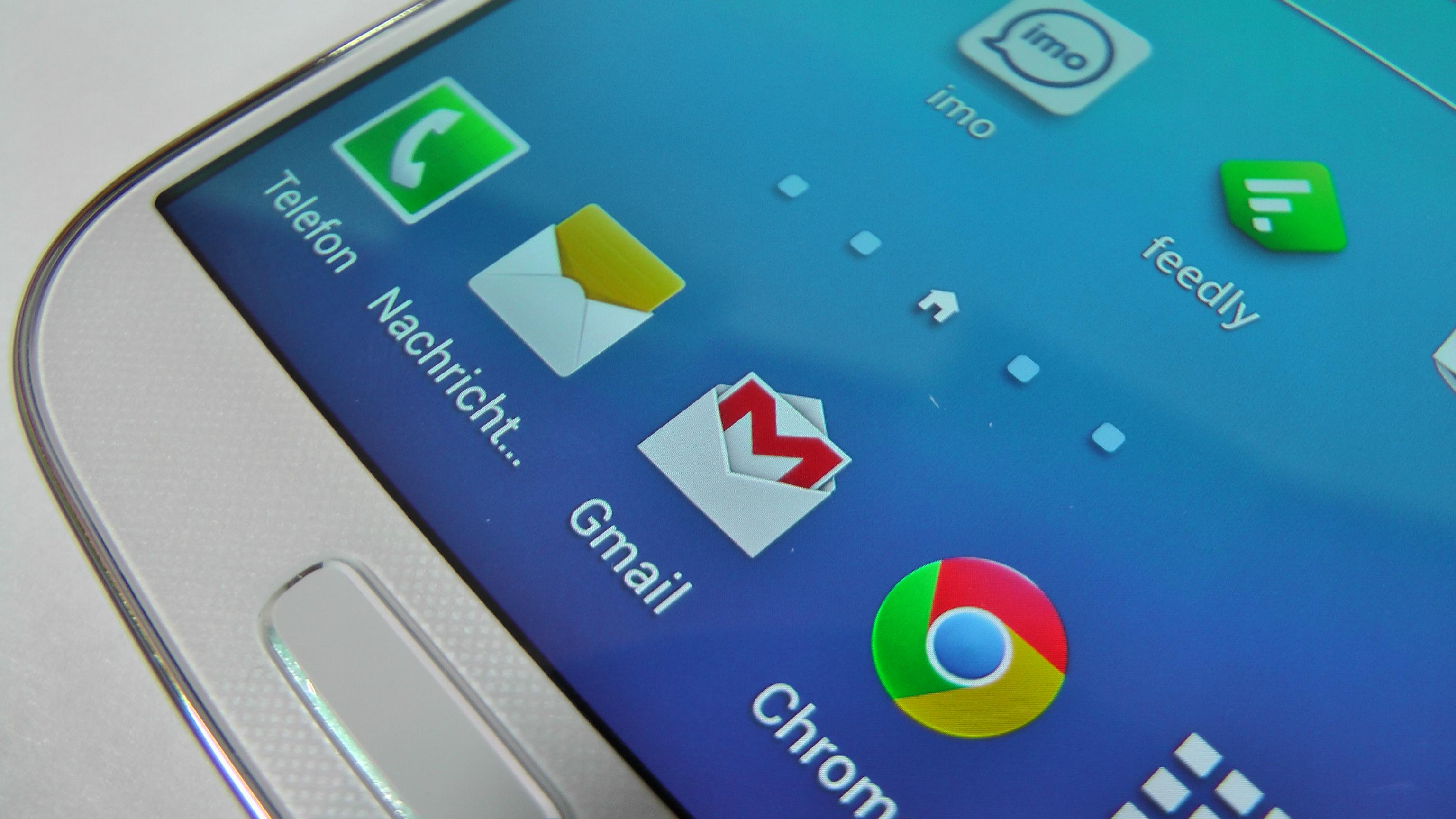 Die Hälfte der Deutschen Smartphone-Nutzer ist ständig online