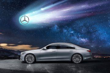 S-Klasse mit Sternschnuppe die das Mercedes Logo hat